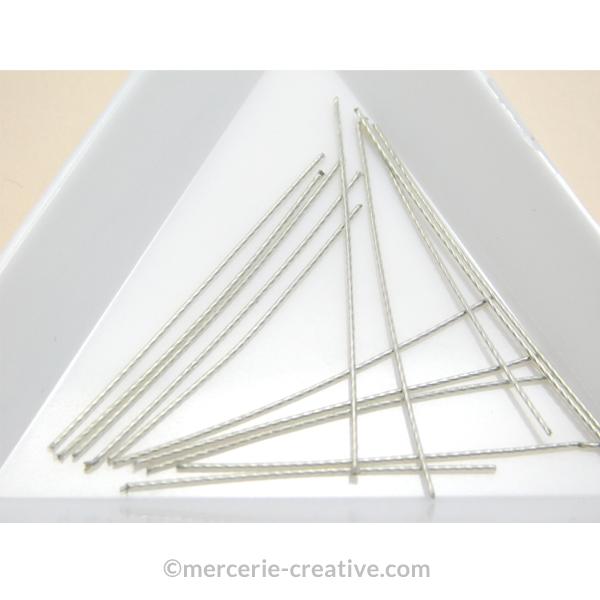 Couper du fil cable pour fabriquer une boucle d'oreille magique